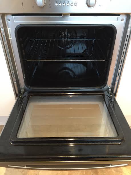 A freshly cleaned oven in ashford kent